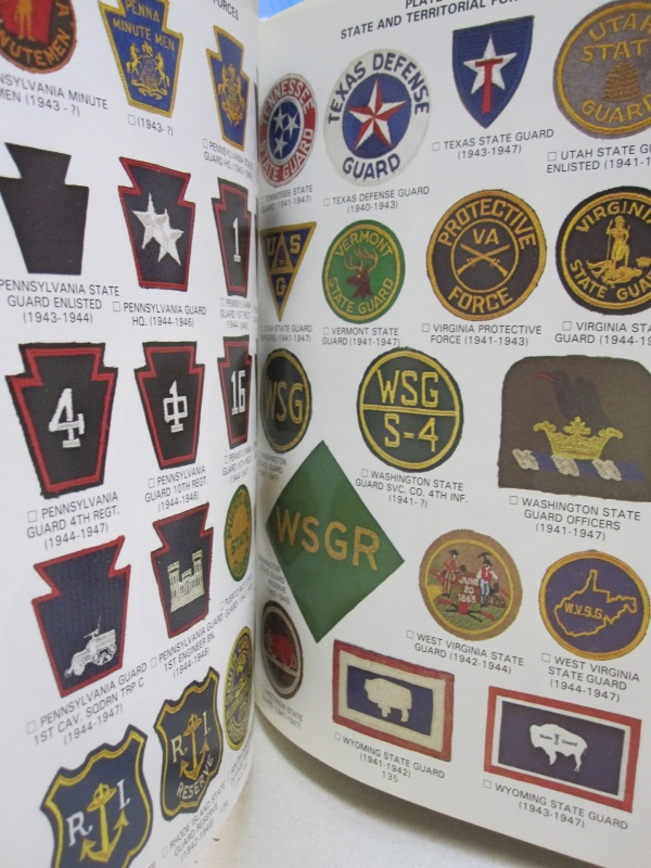 Shoulder Sleeve Insignia of the U S  Armed Forces 1941-1945 by Richard W   Smith, Roy A  Pelz on Midway Book Store