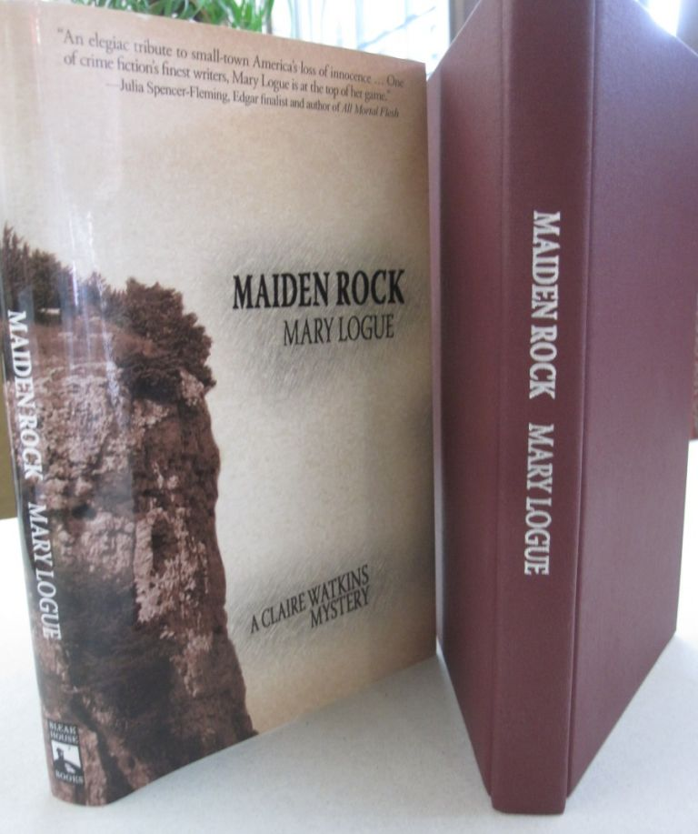 Maiden Rock (A Claire Watkins Mystery). Mary Logue.