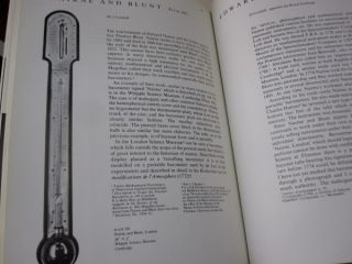 English Barometers 1680-1860 A History of Domestic Barometers and Their Makers.