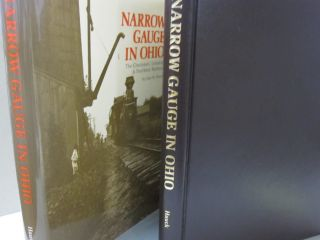 Narrow Gauge in Ohio: The Cincinnati, Lebanon & Northern Railway (The Pruett Series). Hauck John W