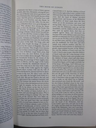 The Holy Bible King James version / The Pennyroyal Caxton Bible; Containing All the Books of the Old and New Testaments